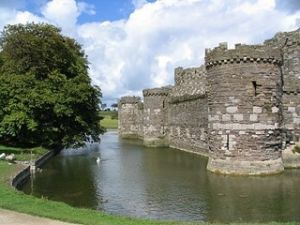 Hubspot, Marketing, and Building a Moat Around Your Company