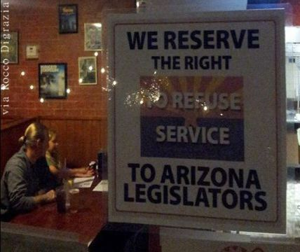 Tucson Arizona Pizzeria Rocco's Little Chicago Bans State Legislators